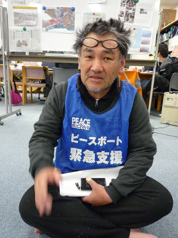 Mr Ito Yoshiaki joined as volunteer in Ishinomaki from April 23 - May 7